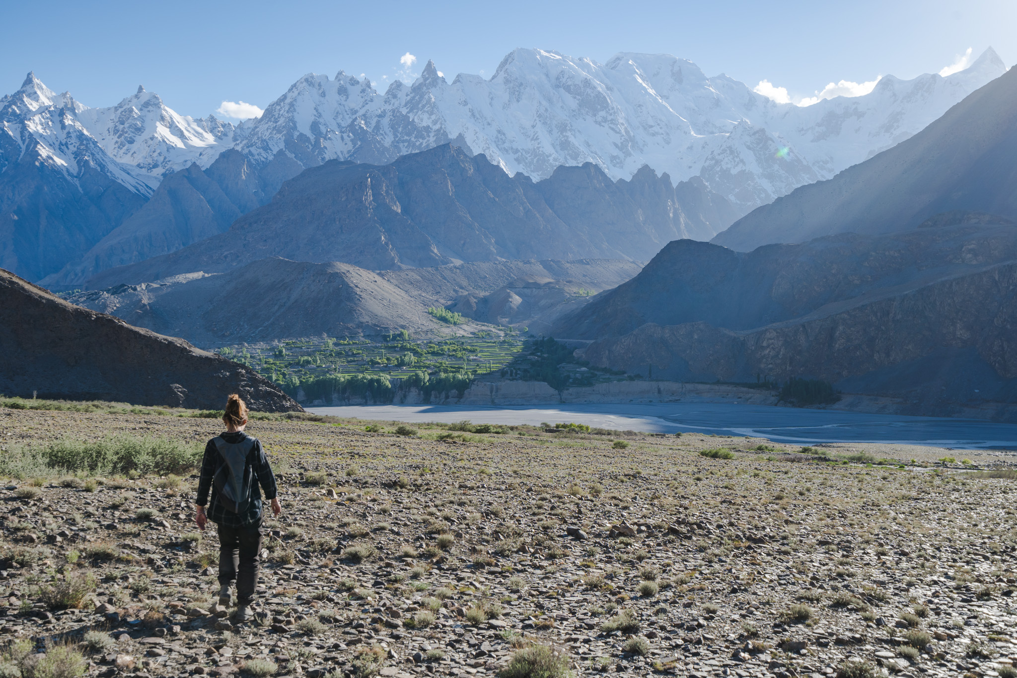 Views on the hike from the Passu to Hussaini Bridge