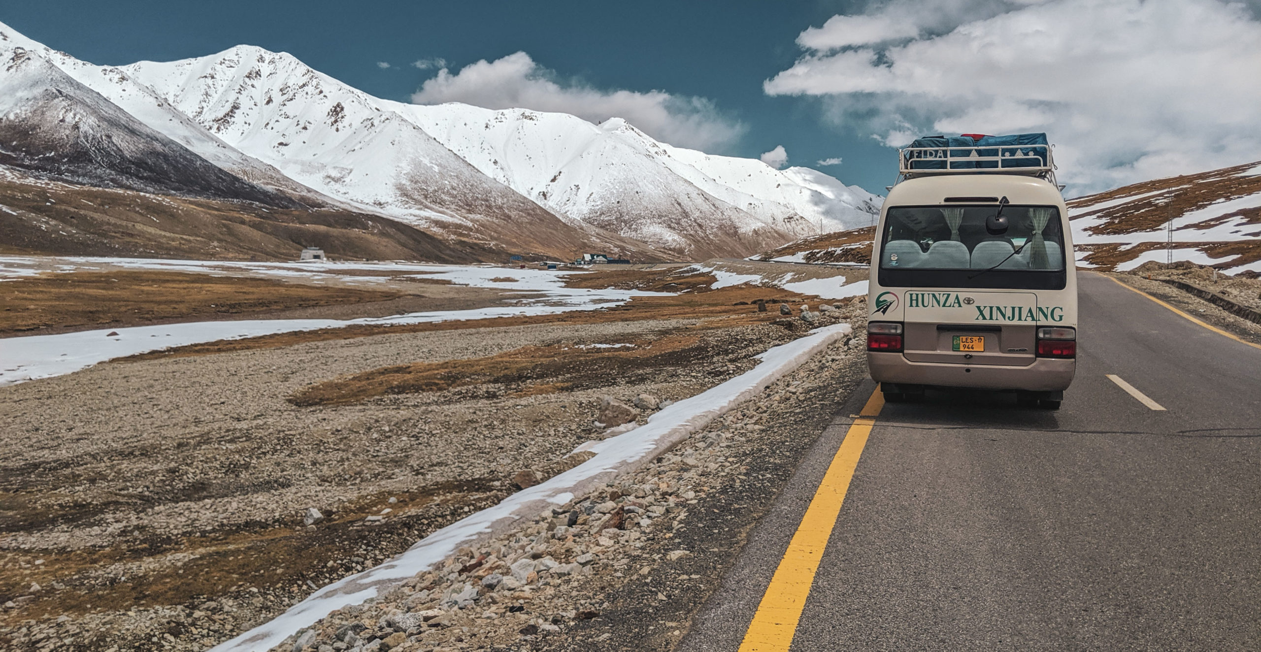Crossing the Khunjerab Pass into China from Pakistan