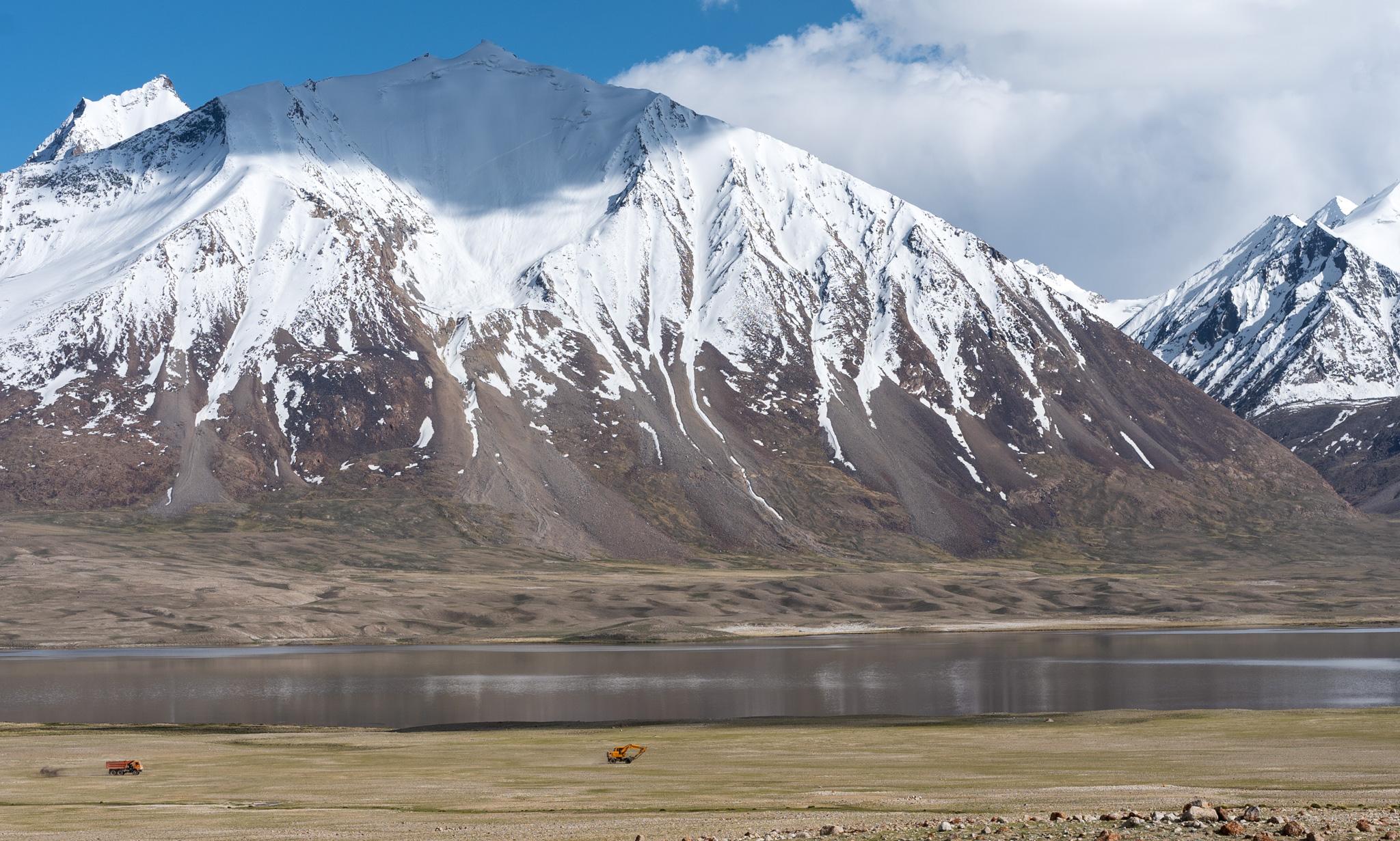 Chaqmaqtin Lake