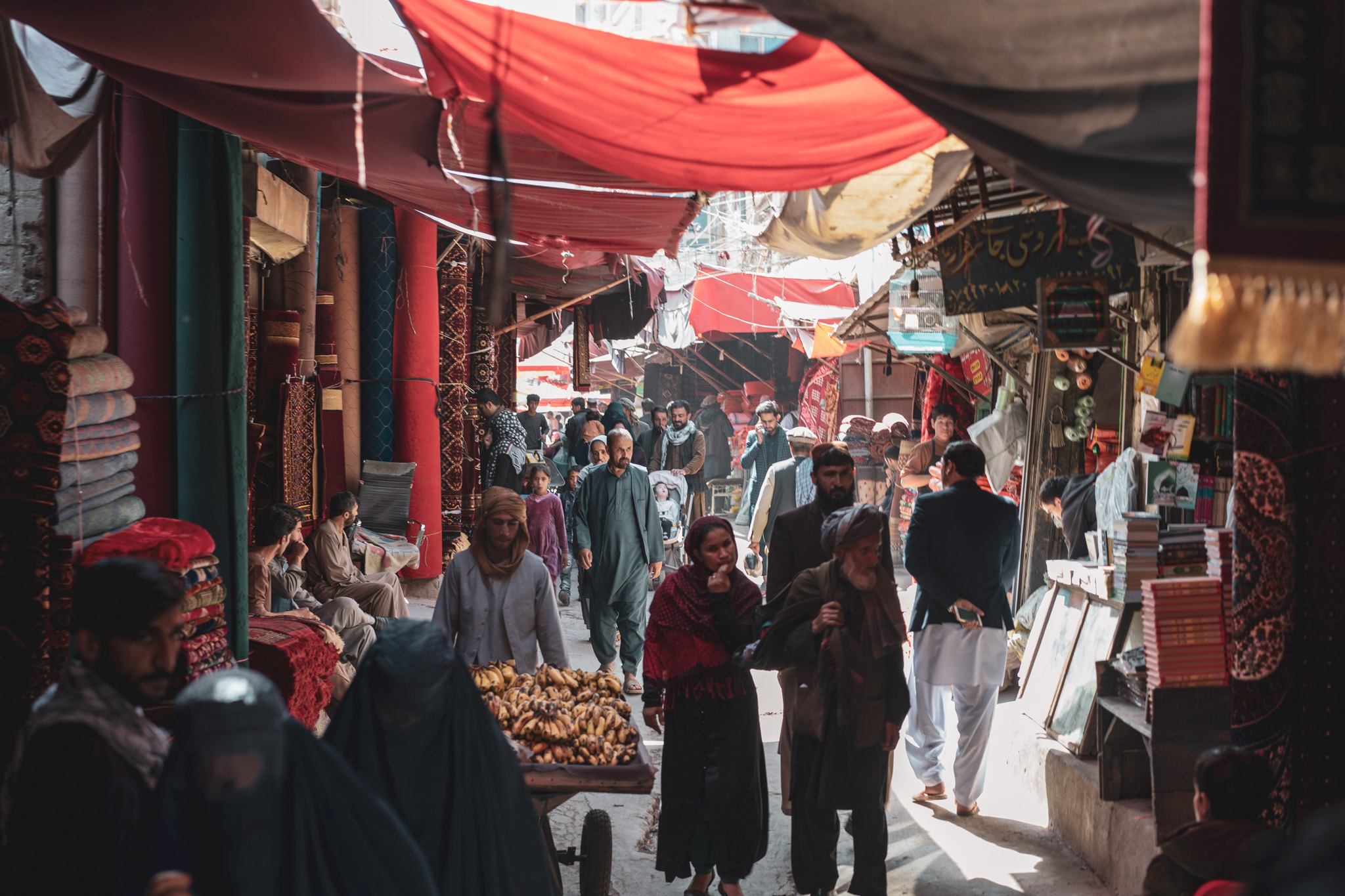 Wandering the old markets of Kabul