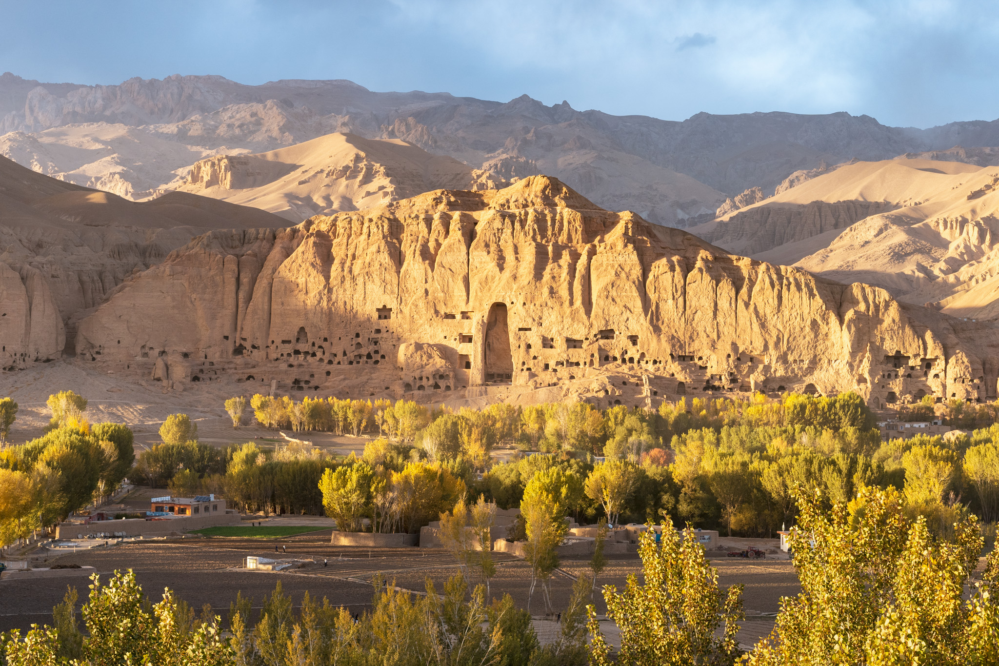 Gorgeous sunset over the Buddhas of Bamiyan